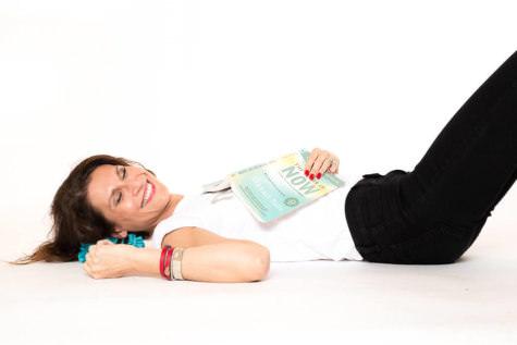 Kasia Jamroz playful pose SHE photography