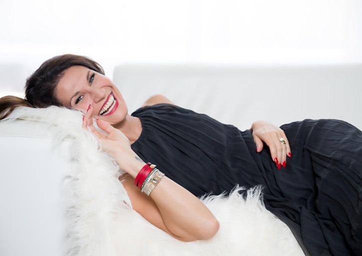 Kasha Jamroz playful elegant pose SHE Photography